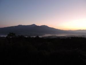 阿蘇山日の出前