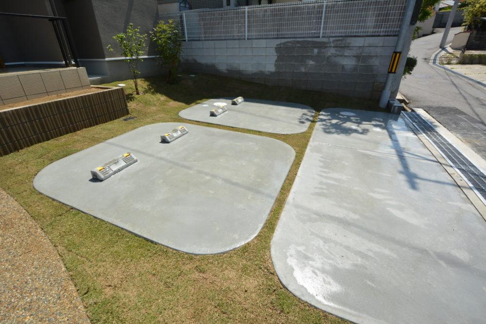 ガレージ カースペース 大阪 エクステリア 外構工事 おしゃれ 芝生 庭