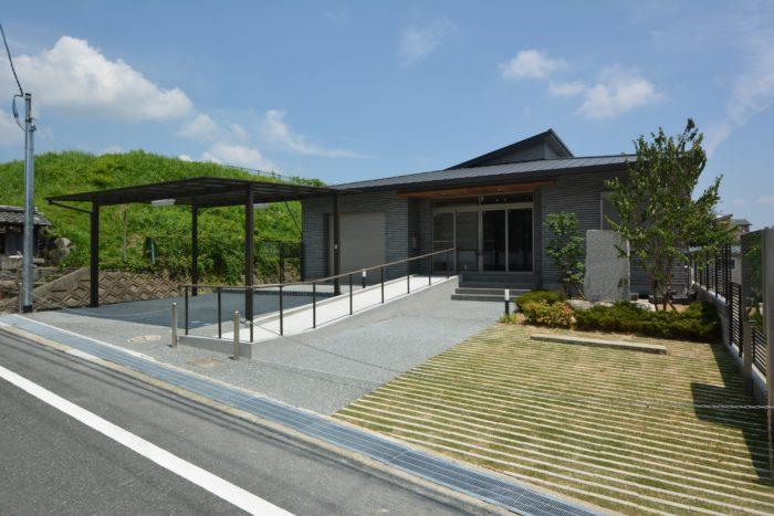 集会所 公共施設 エクステリア 外構工事 緑化ブロック