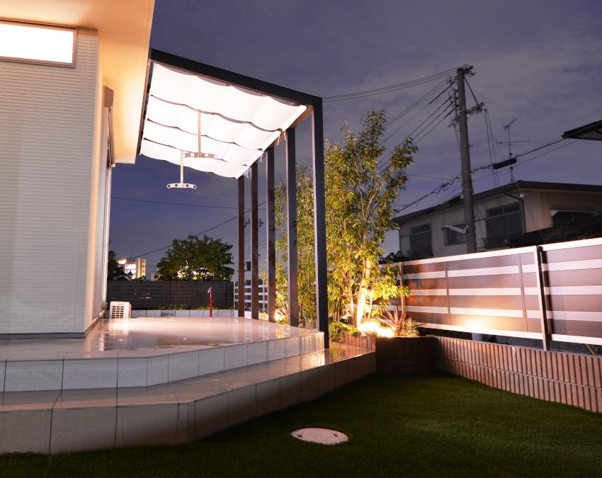 テラス ポーチ 天井カーテン 庭のリフォーム 大阪 洗濯物干し場 アウトドアリビング LIXIL ココマ