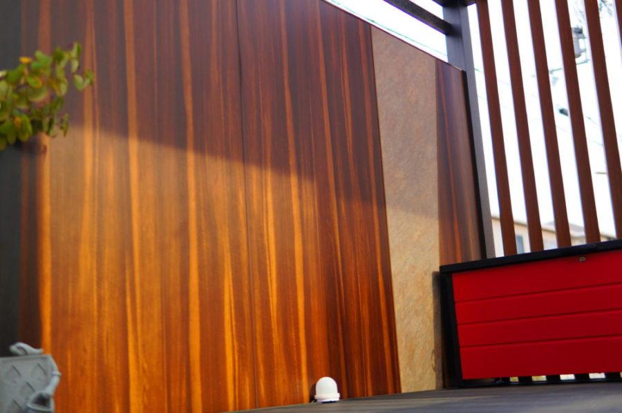 エバーアートボードをオリジナル加工 木調