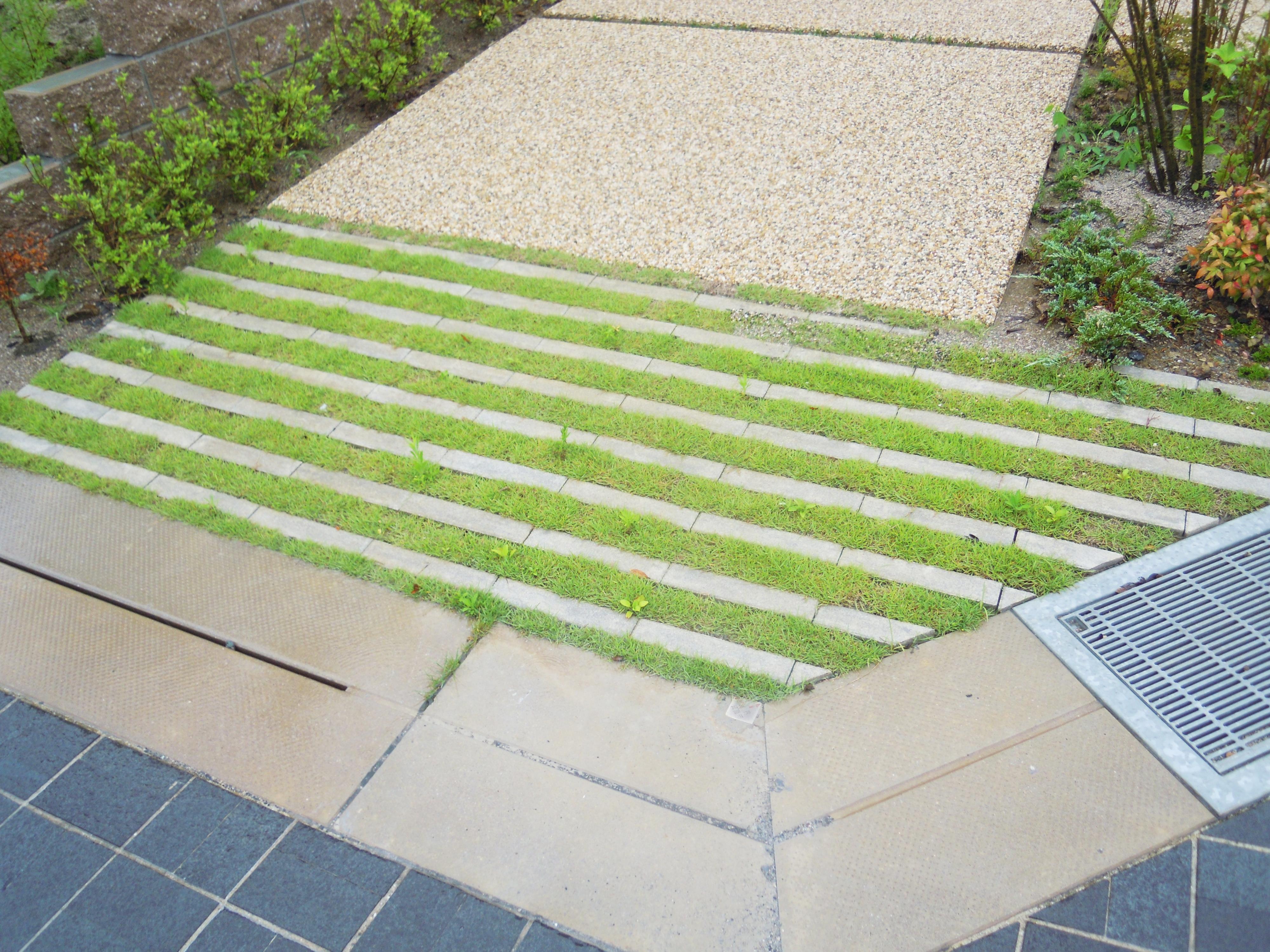 緑化ブロック 駐車スペース