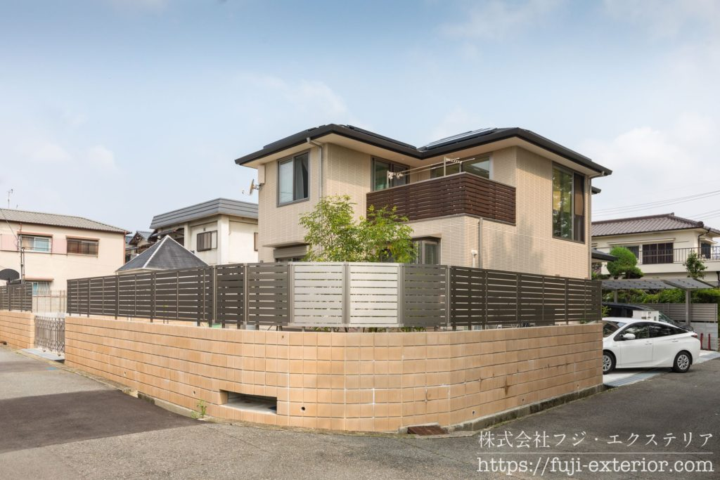 LIXILの セレビューR3型フェンス 目隠しフェンス 大阪 外構工事 エクステリア