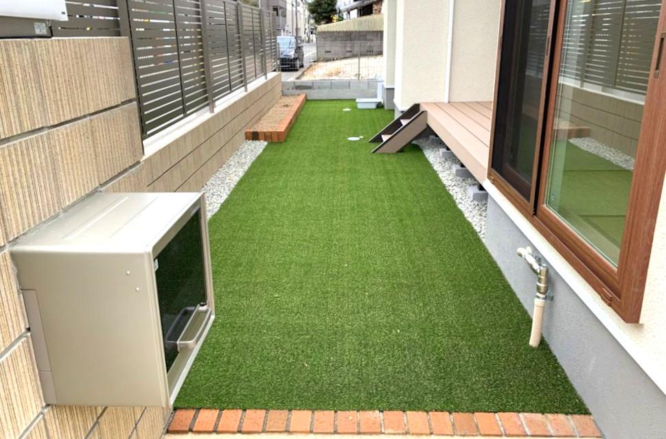 人工芝 庭 大阪 外構 フジエクステリア ウッドデッキ 庭づくり