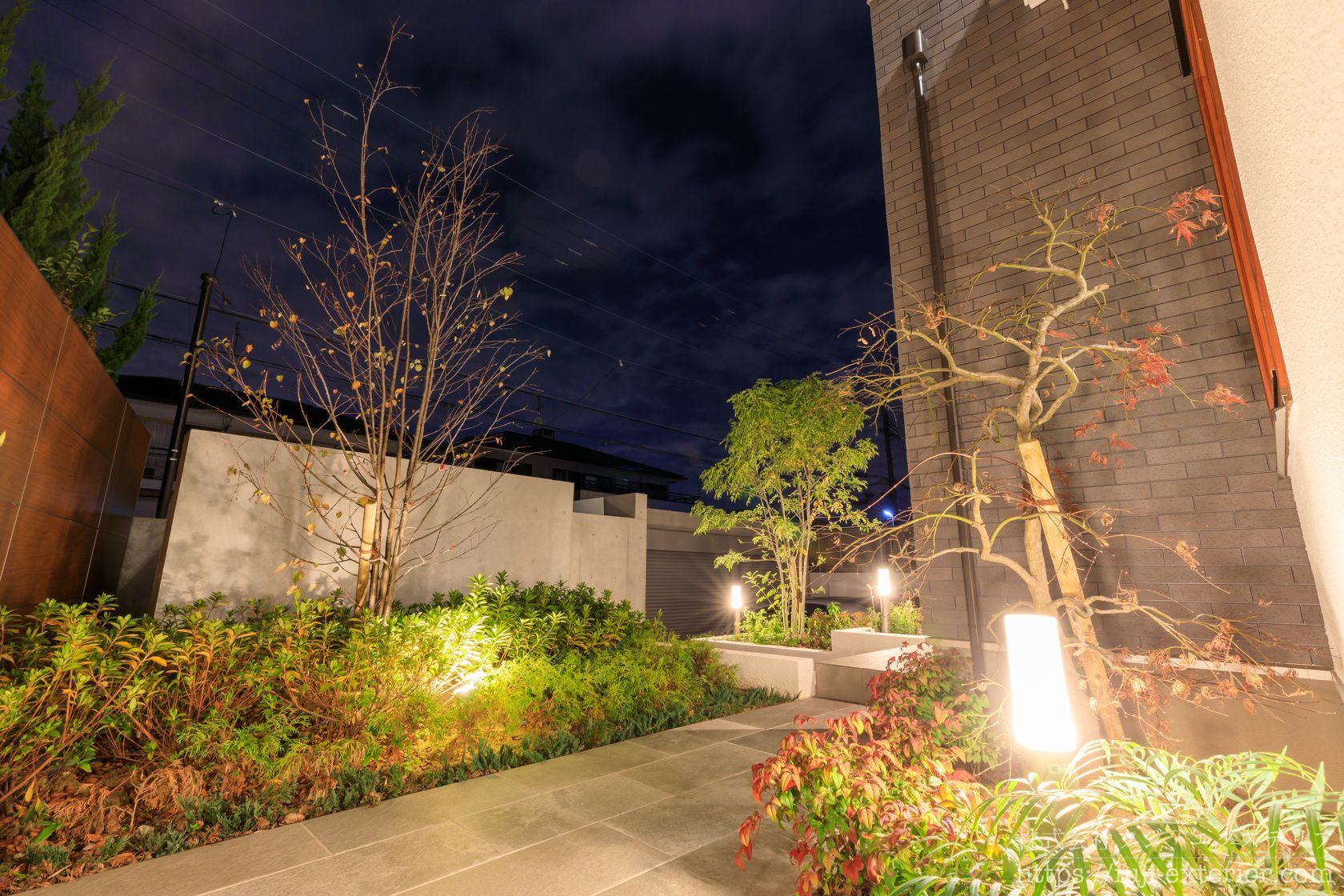 庭の照明 ライティング 玄関アプローチ