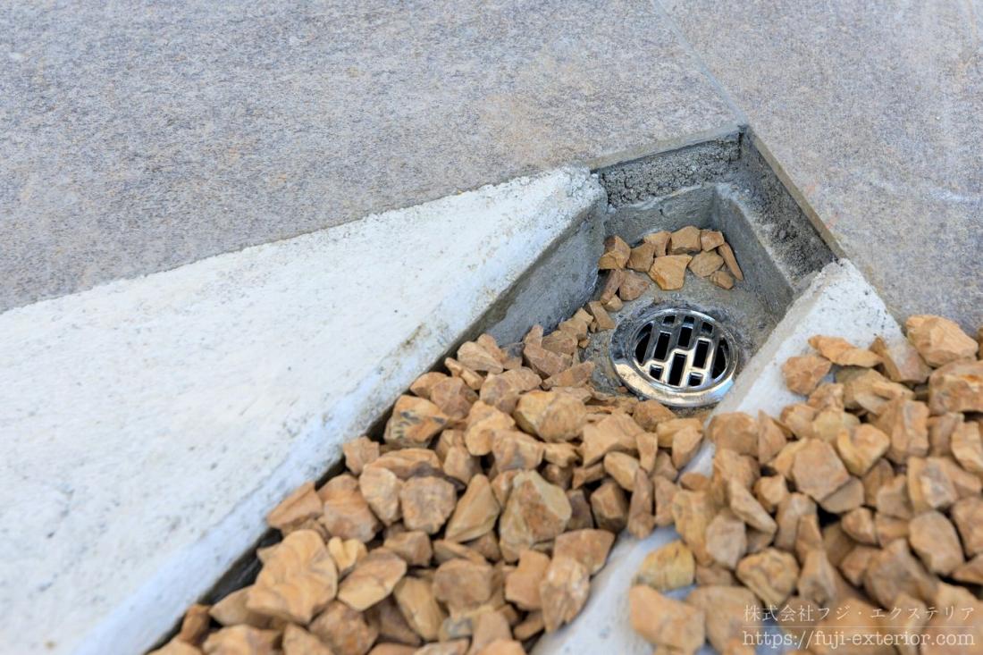 テラスの排水溝